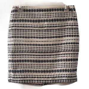 LOFT White Black Print Back Zip Pencil Skirt 2P
